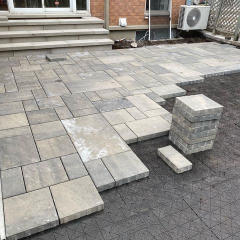 hardscape with pavers